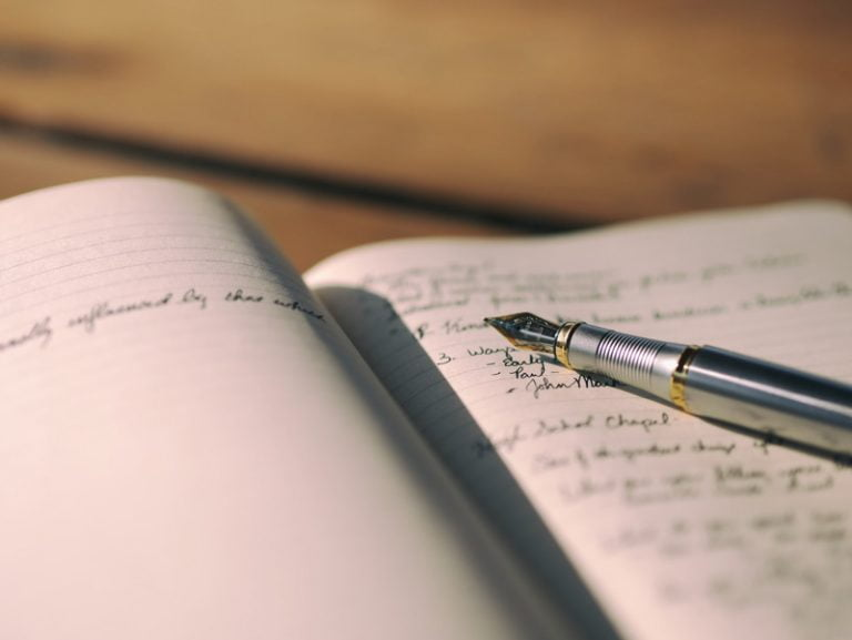 pengertian larik dalam puisi