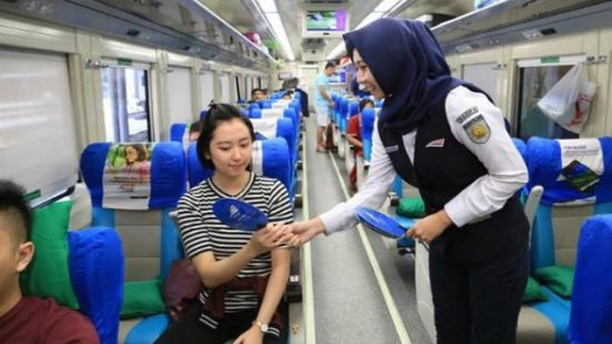 Gaji Pramugari Kereta Api Indonesia Beserta Tunjangannya