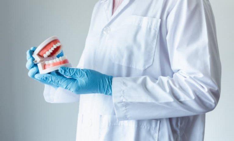 Berikut Rincian Gaji Dokter Gigi 2021